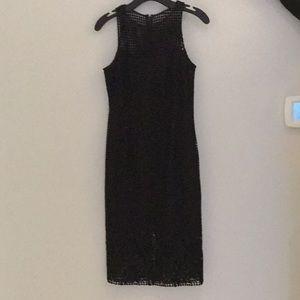 Black sleeveless/ bottom lace